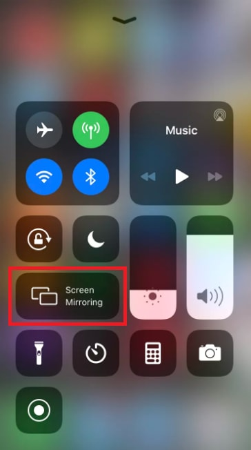 Save Screenshots on Snapchat Using Screen Mirroring Apps